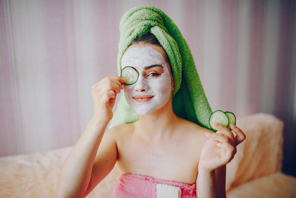 The significance of undergoing facials in a spa